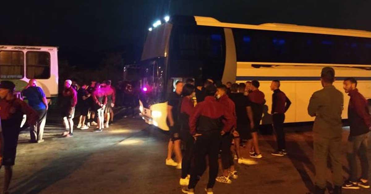 Bus de Carabobo recibió balazos tras partido de liga venezolana - HBA  noticias